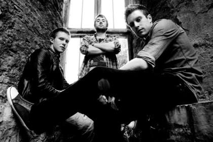 The Rain | Irish Trio's Debut in the UK
